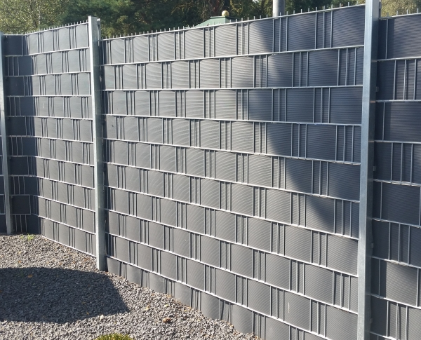 9 x Streifen Zaun Sichtschutzstreifen Hart PVC Doppelstabmatten Gittermatten